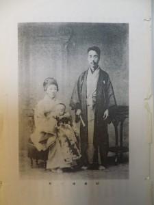 左/浅田みか子夫人